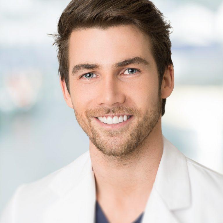 Dr Francis Gravel DMD Chirurgien-Dentiste